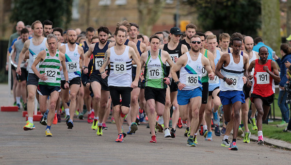 Start of the 2017 Victoria Park Open 5 miles